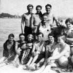 Wassersportverein am Strandbad; Mitte mit Brille: Wichtereich, davor Menzel oder Jackle, unten links: Theo Schwarz? oder Stephan Haletzki?