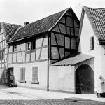 V001 | Ecke Königswinterer Straße - Zipperstraße, Heinrich Jungbluth, früher Amtsstube des Bürgermeisters Graf zur Lippe