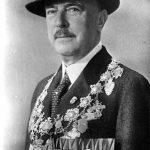 V030 | S. D. Prinz zur Lippe als Schützenkönig der Hubertusschützen