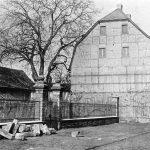 V104 | Altes katholisches Pfarrhaus am Markt